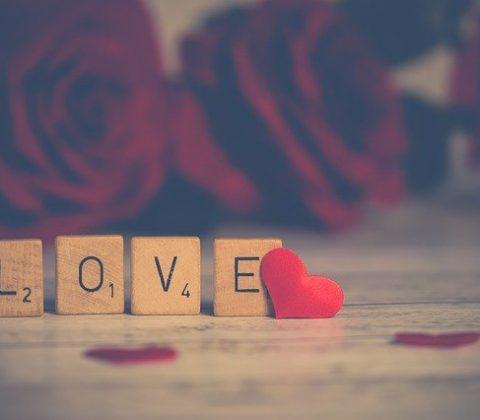 Wady i zalety randek online